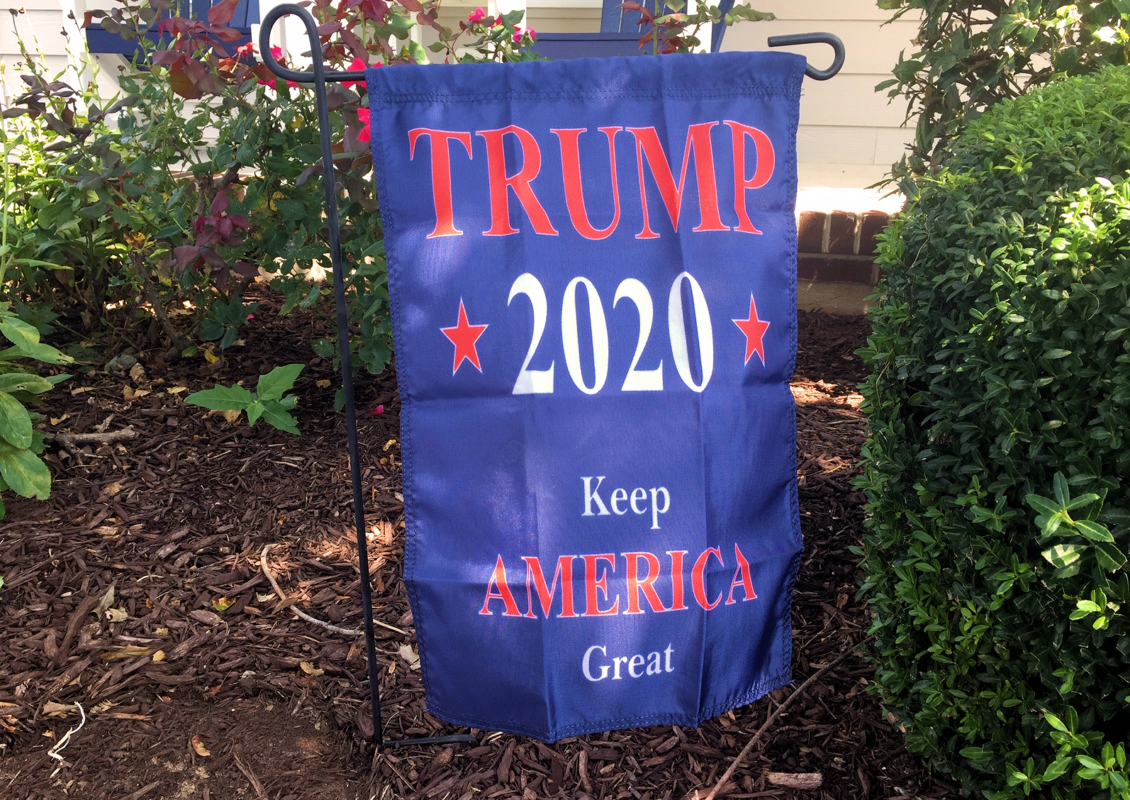 Trump 2020 Keep America Great garden banner flag